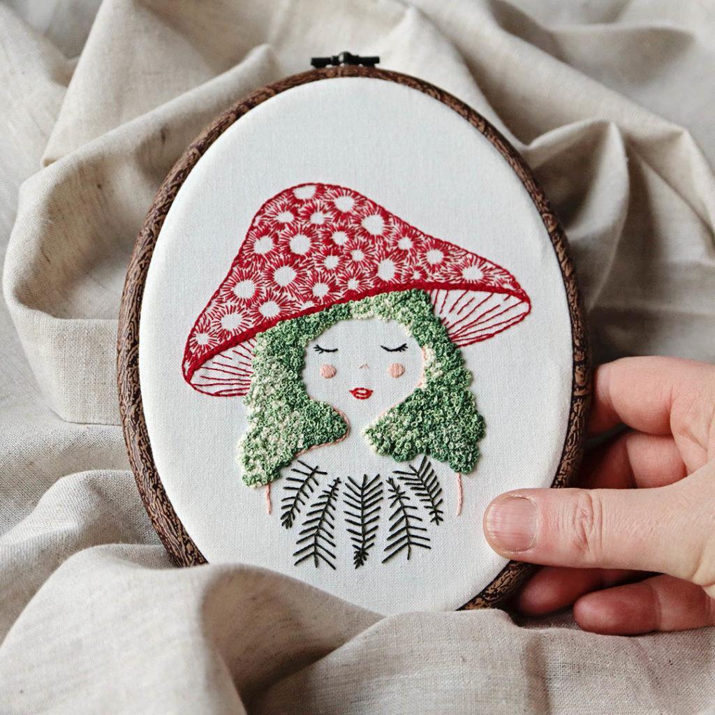 Mushroom Girl Stickerei